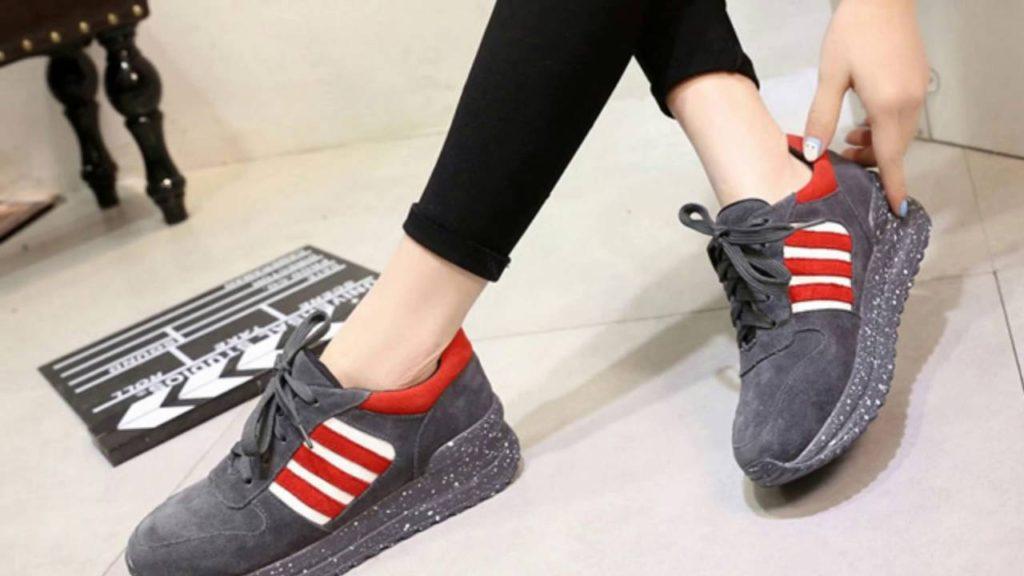 Quà giày thể thao tặng bạn gái